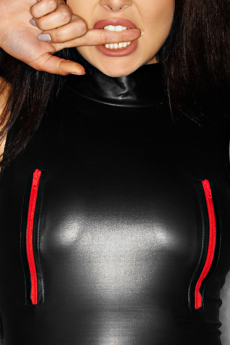 Schwarzes-Minikleid-F106-roten-Reisverschlussen-von-Noir-Handmade miniature 4