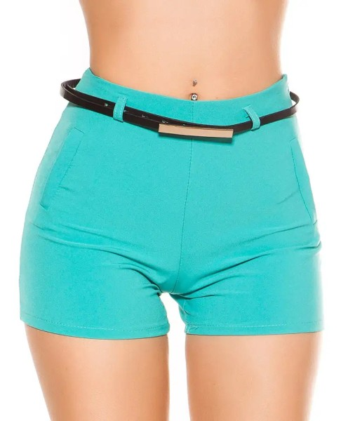 Unifarbene Hotpants mit dünnem Gürtel